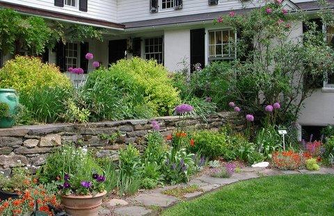 med-garden-may-2006